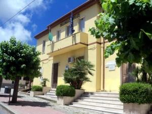 Il palazzo municipale di Zungri- Foto Francesco Fiamingo