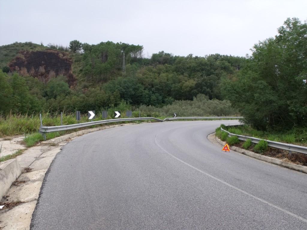 La curva maledetta a Torre Galli nei pressi della quale si verificano di continuo incidenti