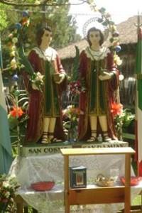 La statua dei santi Medici in Argentina