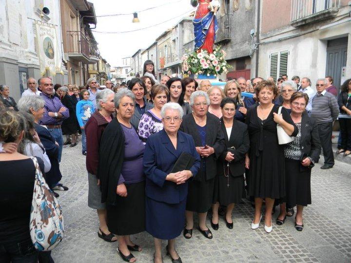 """Parte delle donne del Paese che portano il nome  """"Rosaria"""""""