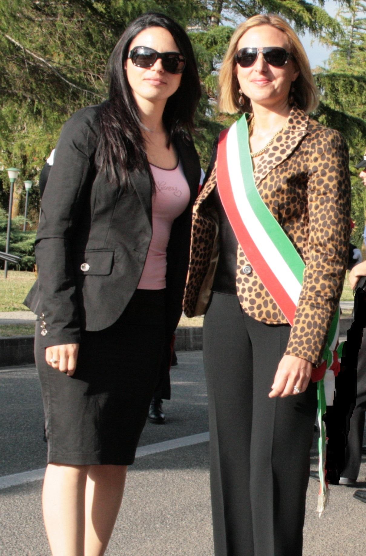 L'assessore del Comune di Parghelia Anna Sambiase ed il sindaco Maria Luisa Brosio