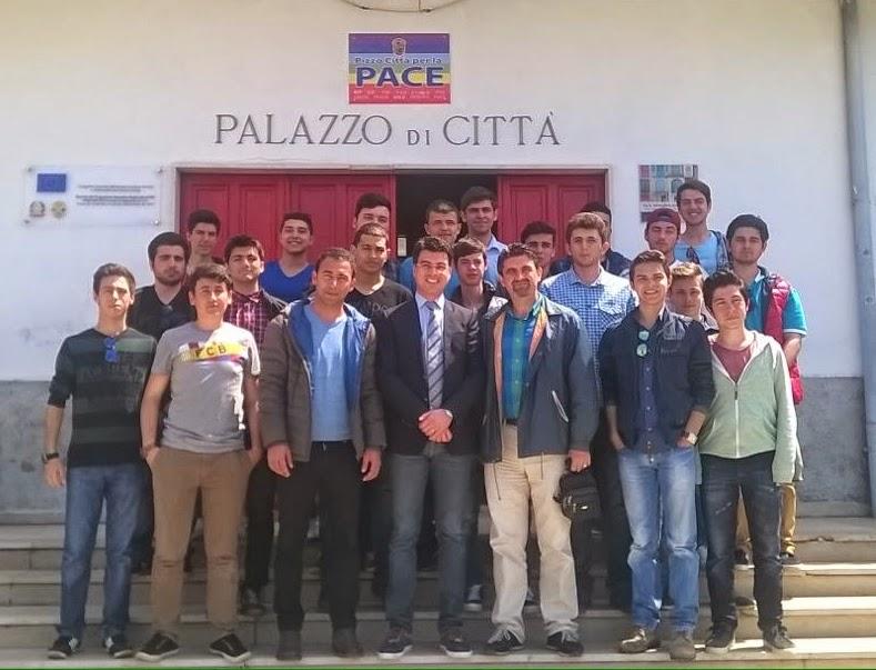 studenti_turchi_con_callipo