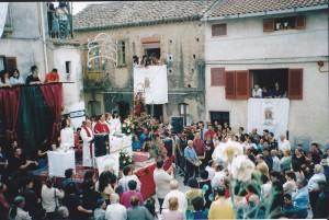 2000 (3)