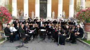 Orchestra di Fiati del Conservatorio Torrefranca nel giardino della Pigna dei Musei Vaticani